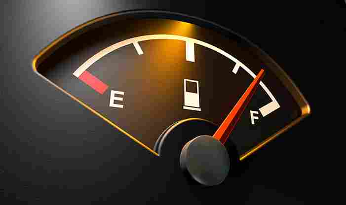 Saiba como poupar combustível todos os meses!