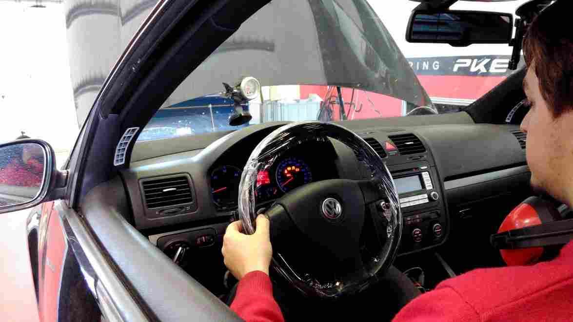 PKE SuperSPORT em Volkswagen Golf 1.9TDI 105cv – 2006