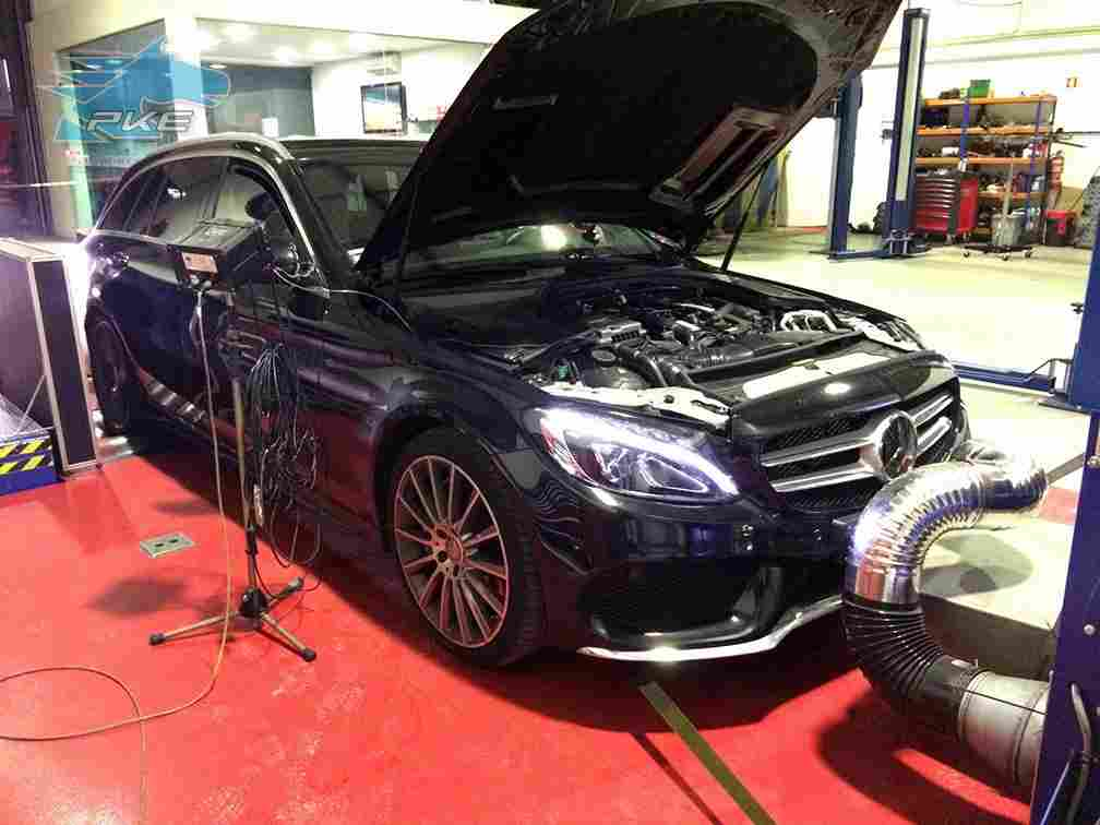 PKE SuperSPORT em Mercedes C300h 231cv – 2015