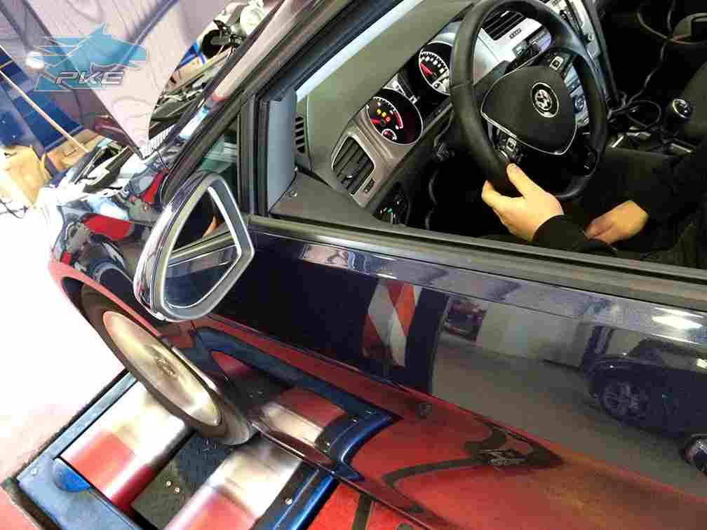 PKE SuperSPORT em Volkswagen Golf 1.6 TDI 120cv – 2015
